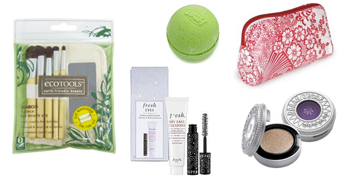 Holiday Countdown | 20 Beauty Stocking Stuffers For Women Under $20